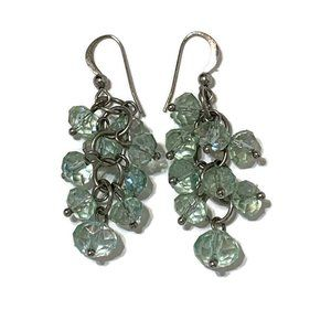 Jewelry - Sparkly green bead earrings